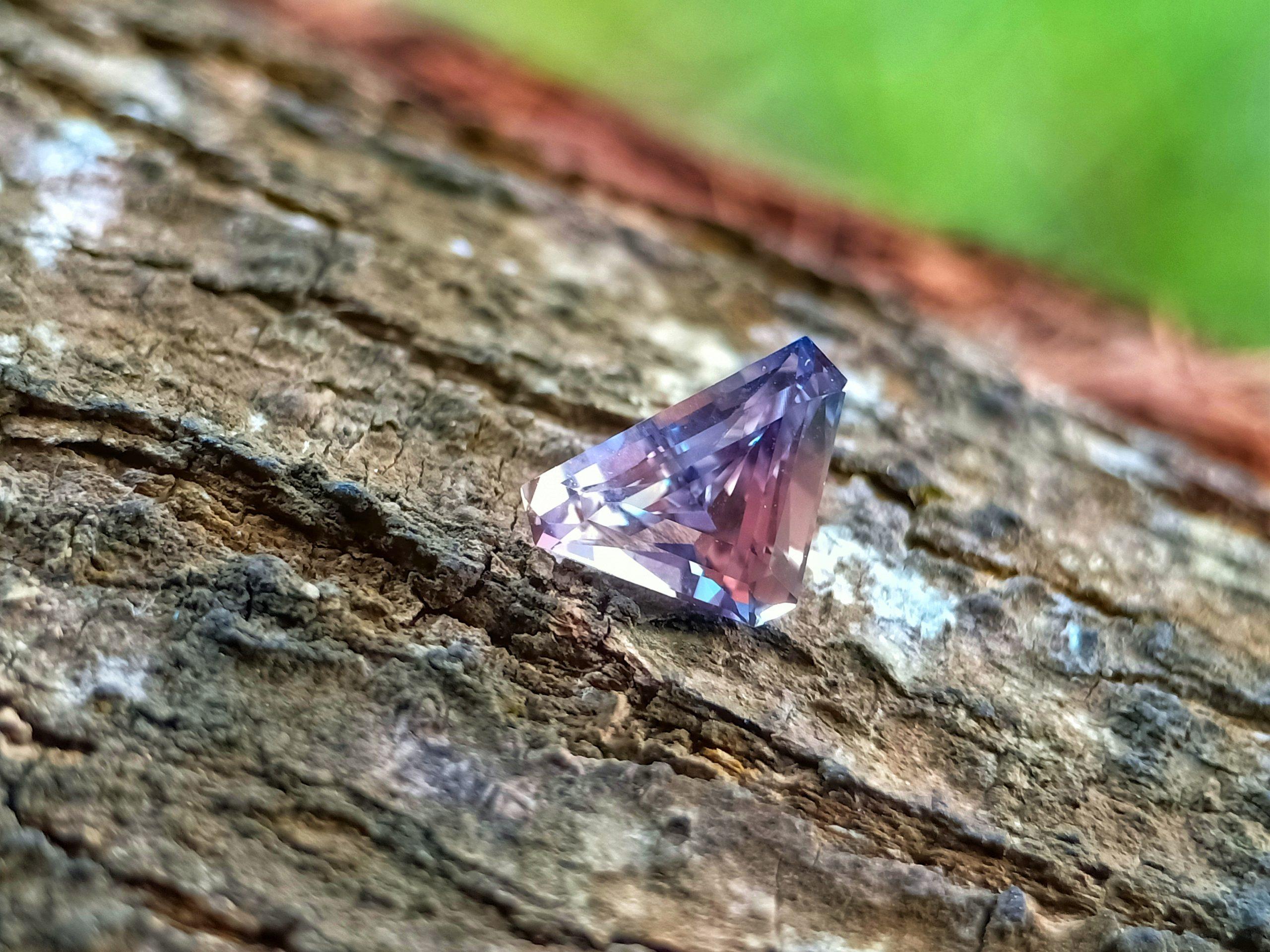 bi-color sapphire